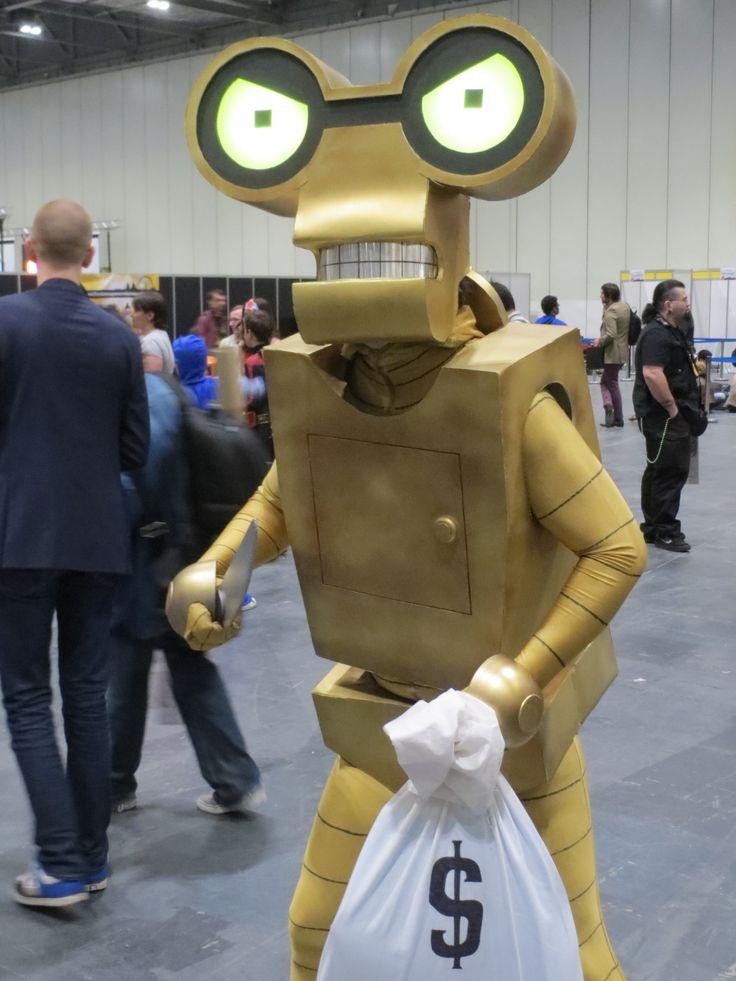 Roberto; Futurama cosplay at London Super Comic Convention ...