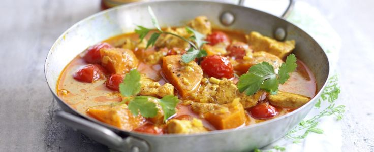 Our best ever quick and easy curry recipes are ready in under 30 minutes, so perfect for midweek meals. Try one of our 10 curry recipes for dinner