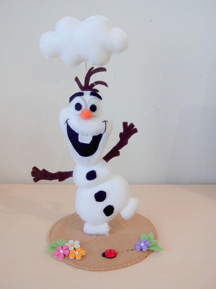 Olaf+em+feltro+para+enfeite+de+mesa+ou+topo+de+bolo.+<br>Tamanho+aproximado+de+17cm.+<br>Consulte+agenda.