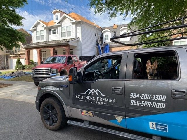 Southern Premier Roofing Offers Free Roof Inspections To All Its Customers In Fayetteville In 2020 Gutter Repair Roofing Services Roofing