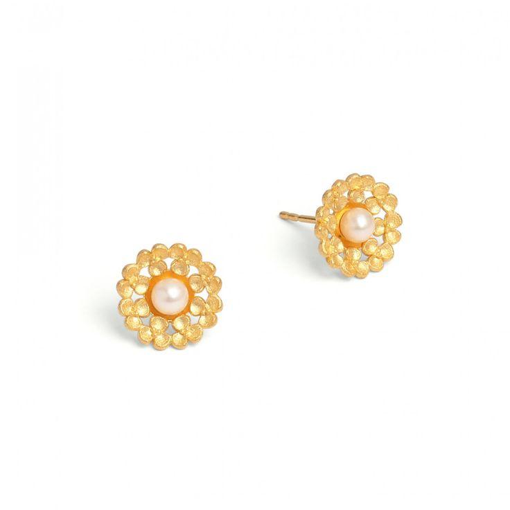 Leami - FLOWERTIMES - DESIGNLINIEN   Bernd Wolf #BerndWolf #Schmuck #Hochzeit #Braut #Brautschmuck #Blüten #jewelry #pealrs