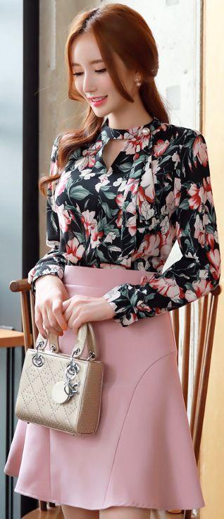 StyleOnme_Floral Print Pearl Neck Tie Flared Dress #pink #floral #elegant #cute #dress #koreanfashion #kstyle #kfashion #datelook