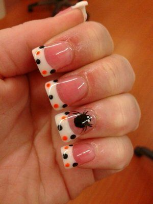 Polka dot Halloween nails Picture: pinterest.com/prettinpink82 Maybe minus the spider??