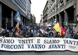 """Protesta Forconi, domani ultimo giorno. Ferro: """"La rivoluzione a Roma"""". In serata messa del parroco Di Rosa."""