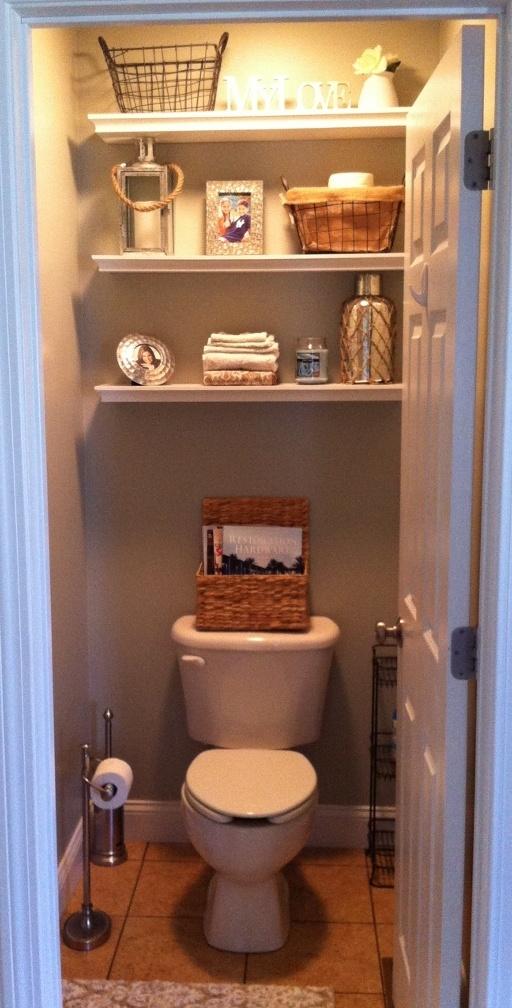 Best 25 Water Closet Decor Ideas Only On Pinterest