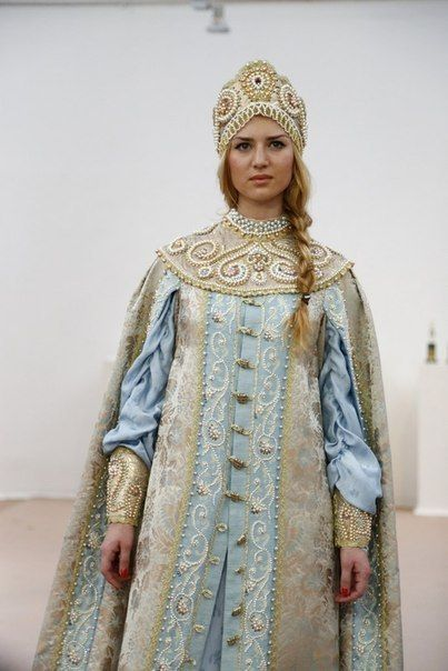 modern version (very close reconstruction) of Russian noble women costume