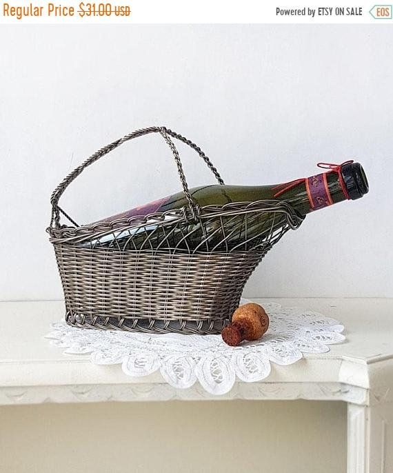 ENGLISH 1970 BRAND NEW FOR FRUIT OR BREAD SILVER PLATED WIRE WORK BASKET
