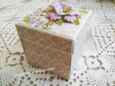 Papierowo zakręcona    : Ślubny box z altanką