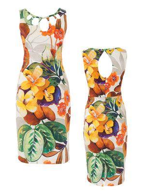burda style, Schnittmuster - Tropfenförmige Cutouts machen das figurbetonte Kleid mit rückwärtigem Gehschlitz zum echten Showpiece. Nr. 112 aus 06-2016