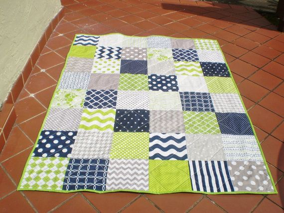 Nautique Baby Quilt  marine  gris  vert anis  literie de by happyquilts | Etsy