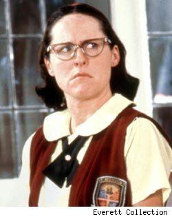 Molly Shannon - SNL star, Movie star, SUPER STAR.  This girl is one of the OG's of women in comedy.  Dainty isn't exactly her middle name....