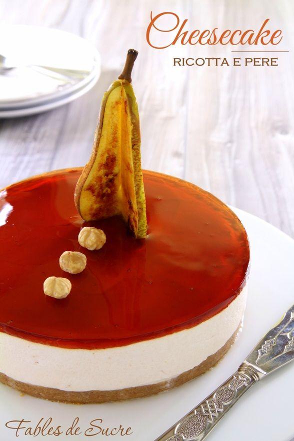 La cheesecake ricotta e pere, con le varie consistenze di cui è fatta e l'equilibrio di sapori che armonicamente convivono in un solo boccone, è ottima!