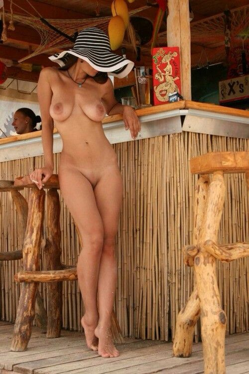 Jayna Oso Bar Girl