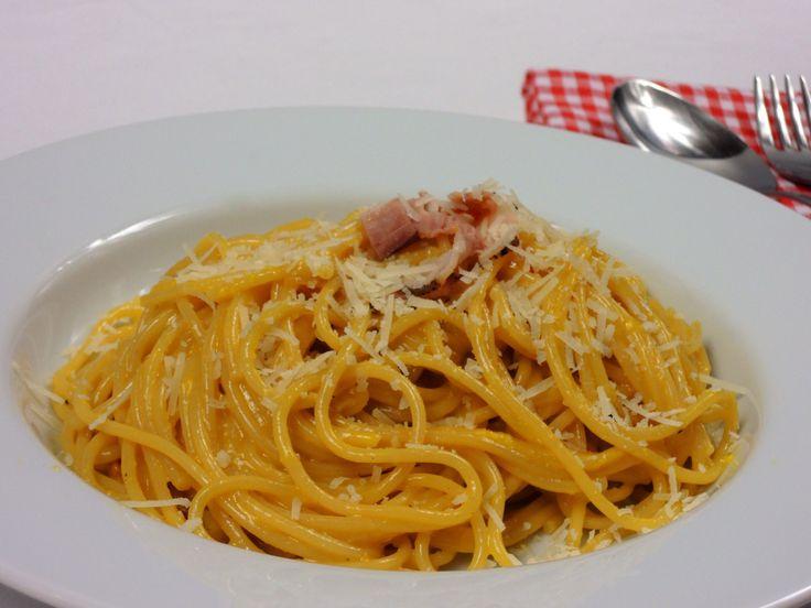 Spaghetti carbonara | Snědeno.cz - Snadné a rychlé recepty od rodinného stolu
