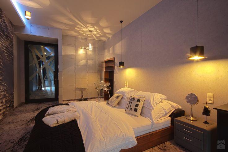 Wnętrza Hotelowe - Apartament czarny - Sypialnia - Hotel Lenart