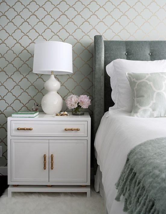 Love this white bedside table