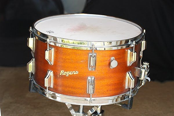 Like all the Drum Companies in the 60's, the Rogers Drum Company offered a variety of snare drums for every taste and budget. The Powerhouse Snare.
