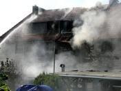 Mindestens 2 00 000 Euro #Sachschaden entstanden bei einem #Wohnhausbrand am #Samstag in #Brotterode. Verletzt wurde niemand.