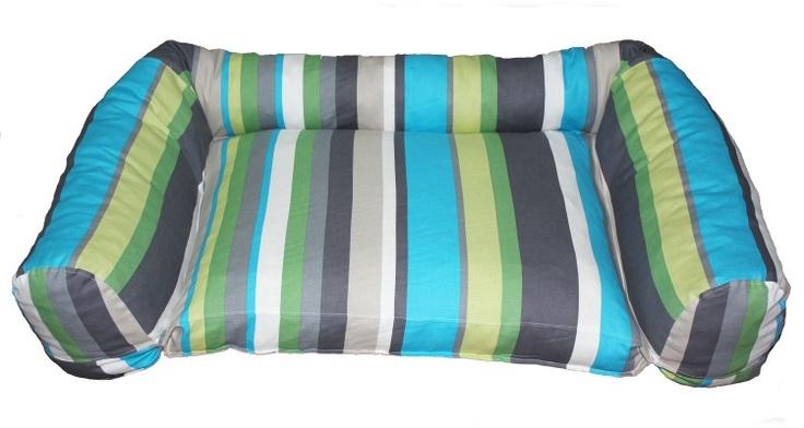 Renkli Kalın Çizgi Desenli Köpek Yatağı