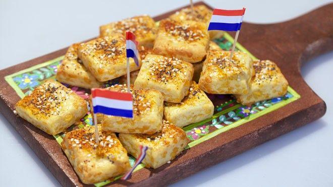 Kaasblokjes - Rudolph's Bakery | 24Kitchen // The best cheese snacks ever