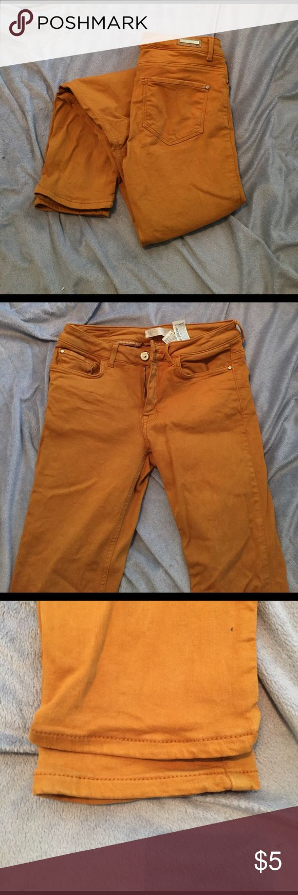 Zara mustard jeans. CLOSET CLEAR OUT! Mustard jeans. I barely wore this. The color was just not my style. Zara Jeans