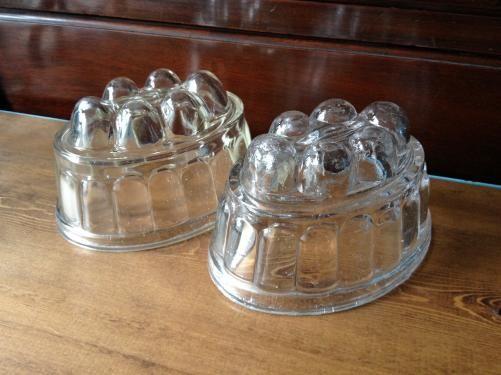 イギリスアンティーク ガラスのゼリーモールド D10