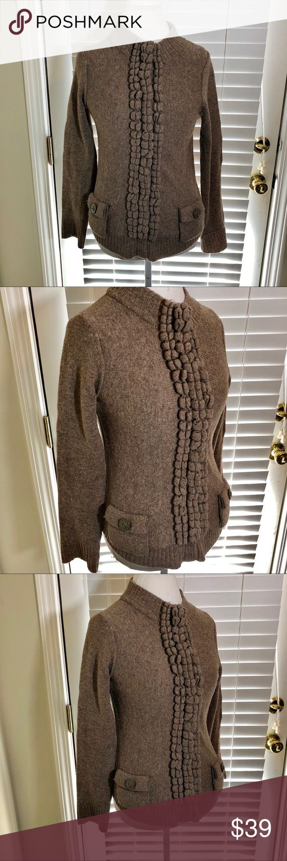 Anthropologie Moth Snap Front Sweater Oatmeal brown Moth brand sweater from Anthropologie. Size medium and in very good condition with no flaws. Full snap button front. ⚓️ No holds or trades. I do accept reasonable offers and negotiate only through the offer button. Thank you for looking! 🚭🐩T3 Anthropologie Sweaters Cardigans
