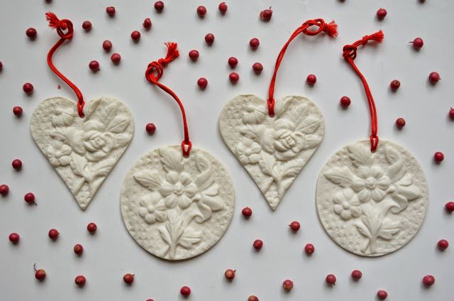 ❍ Porcelain decorations for the festive season by Otchipotchi . November 2014