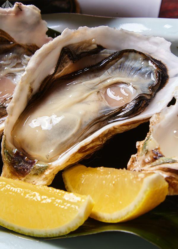 三重県のブランド牡蠣「的矢(まとや)かき」新鮮で甘味が強く濃厚です。旬は例年3月まで。 #三重 #伊勢志摩 #牡蠣