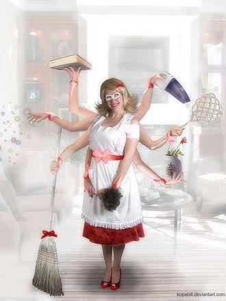 Домохозяйка – кто она? Заботливая мама и жена или кухонный придаток и обслуживающий персонал. То в какую категорию вы попадете, зависит от 2-х людей