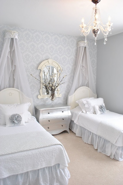 17 best images about home decor projects on pinterest for Pictures of beautiful guest bedrooms