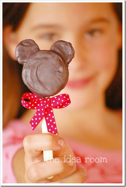 minnie oreo pops