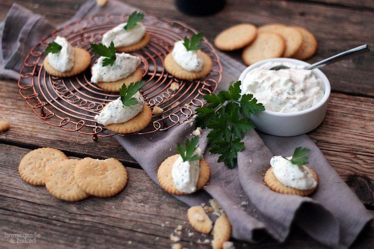 homemade and baked Food-Blog: Leckeres mit Schweizer Käse: Tilsiter-Creme auf Cr...