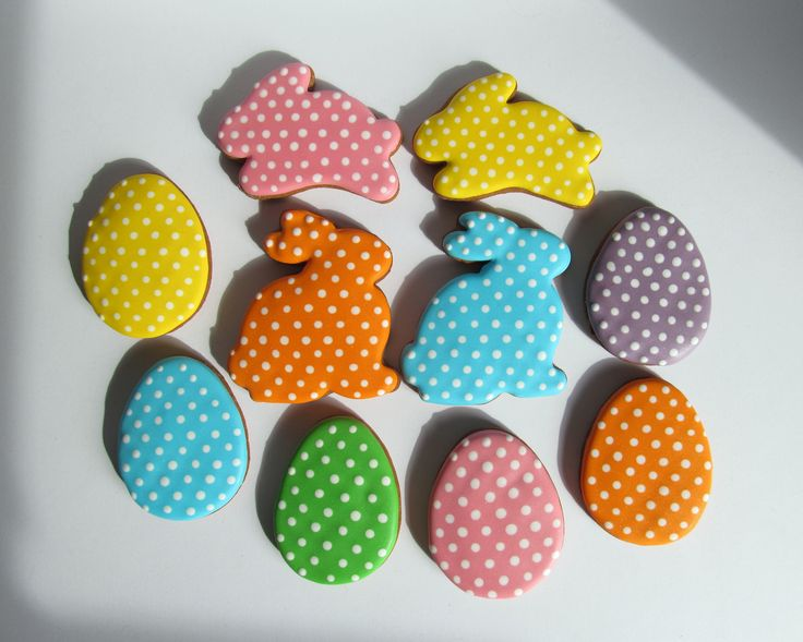 Easter dot cookies