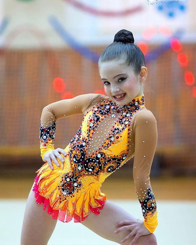 Катерина  #фотокустова #турнирснежинка #сосновыйбордюсш #художественнаягимнастика #хг #гимнастка