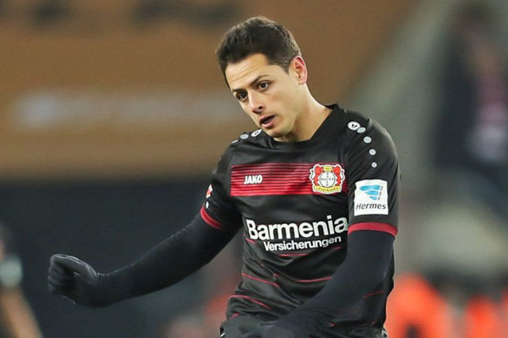 Chelsea transfer news: Javier Hernandez eyed former Man United man available