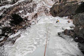 Eisklettern im Herz des Nationalparks Hohe Tauern.