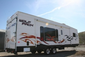 32 FT. 2008 Wolf Pack Toy Hauler - Trailers Rentals - Campbell, CA