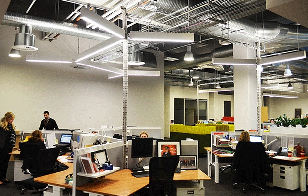 Open ceilings and exposed services required ultra modern for Office interior decoration services