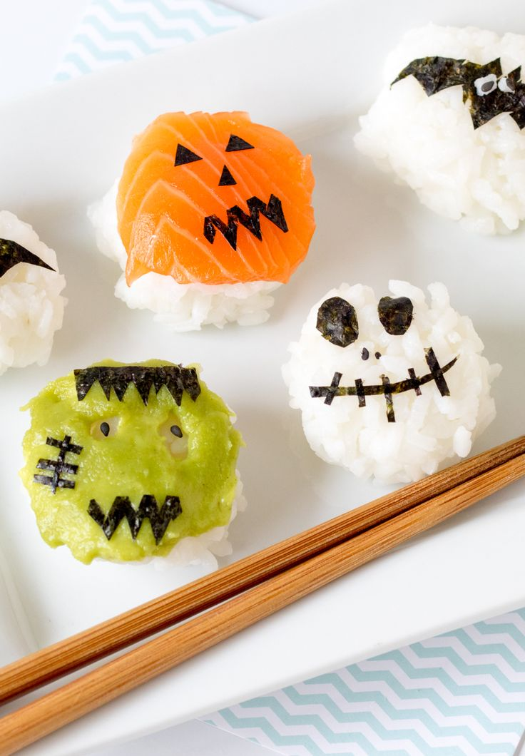 This cutesy Halloween sushi makes the perfect lunchbox treat!