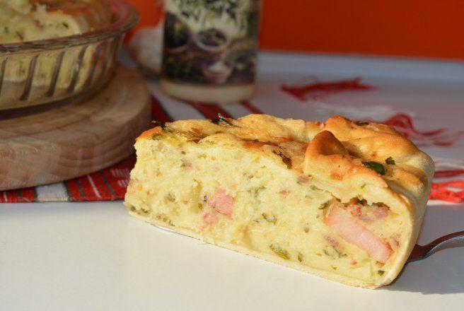 Retete Culinare - Placinta cu cartofi si sunculita taraneasca