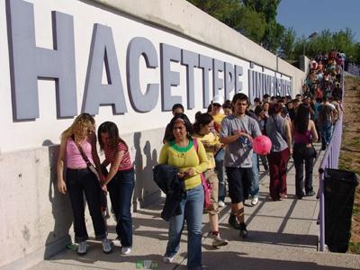Hacettepeli genç üniversite öğrencilerine özel yurt ve barınma tavsiyeleri    http://ankaraozelyurtlar.blogspot.com/2012/11/hacettepe-universitesi-ogrencilerine.html
