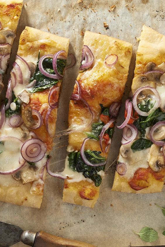 Beer adds just a hint of fragrance and flavor to this quick pizza dough. Quick Beer-Crust Pizza - King Arthur Flour