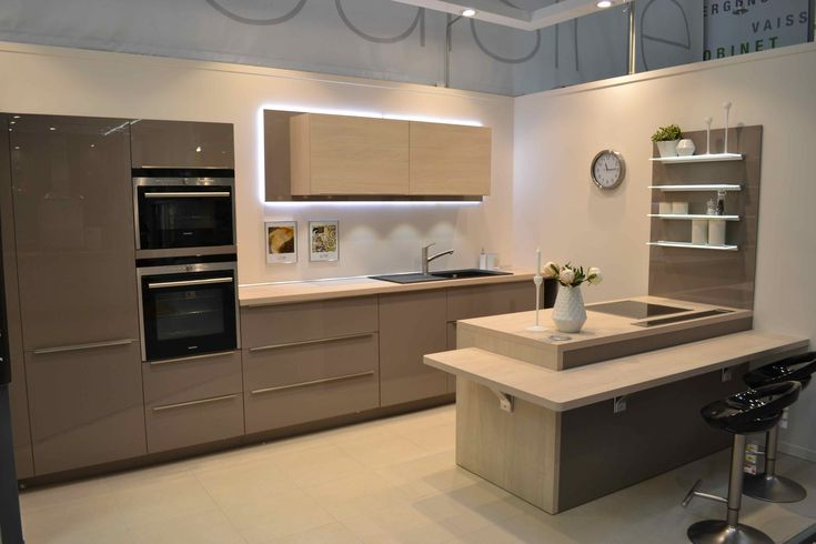 Cuisine ingenious 2014 cuisines white kitchen for Cuisine conception 3d