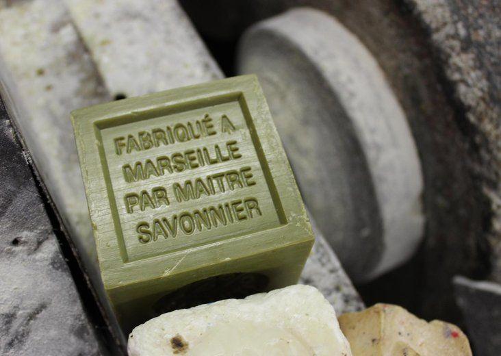 Qui sortira vainqueur de la guerre du savon de Marseille ?