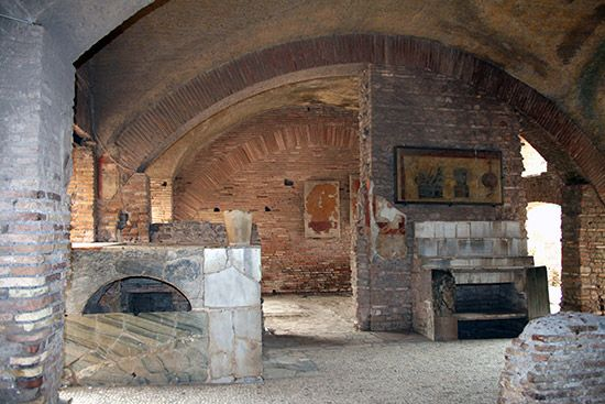 288ROMAN ARCHITECTURE, Residential Buildings, Ostia