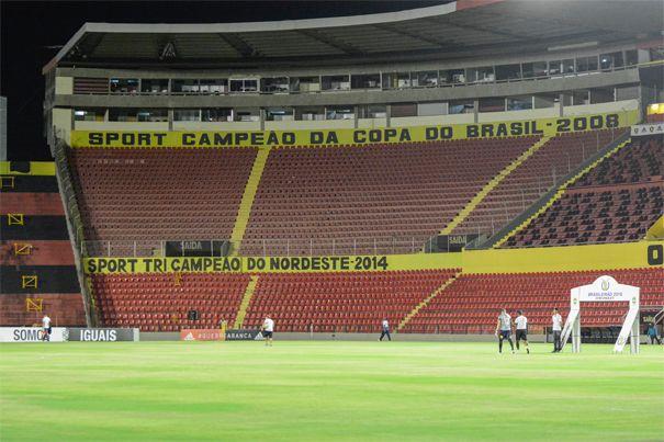"""* Ilha do Retiro * Estádio do """"Sport Club do Recife. Recife, Pernambuco. Brasil."""
