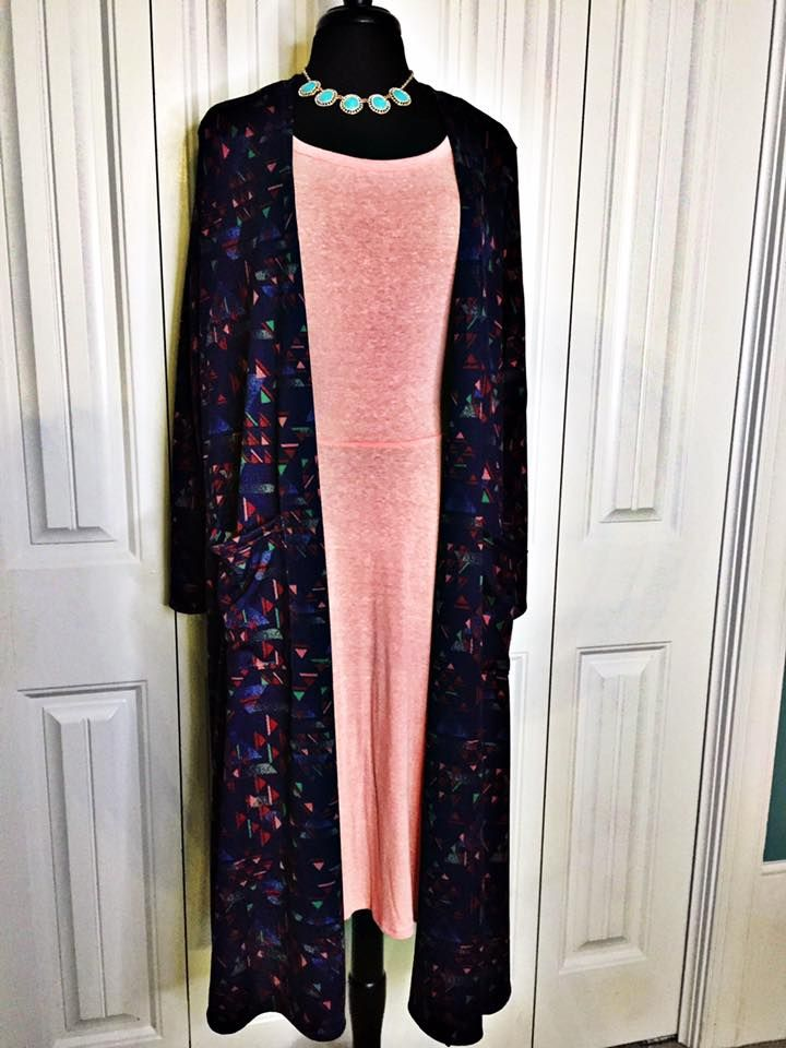 Comfort and Beautiful describes this LuLaRoe Sarah Outfit paired with the LuLaRoe Nicole, both pieces are Large. Not an expected combo but so super comfy! Visit me here to see more: Www.facebook.com/groups/lularoeassortedstock #Sarah #Nicole #LuLaRoe #Dress