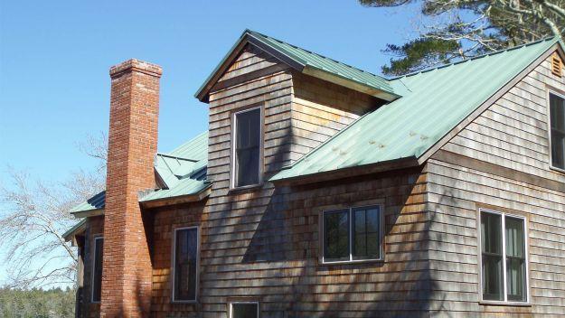 Cedar Shake Siding Cost Pros Cons Of Cedar Siding 2018 Metal Roof Colors Roof Colors Cedar Shake Siding