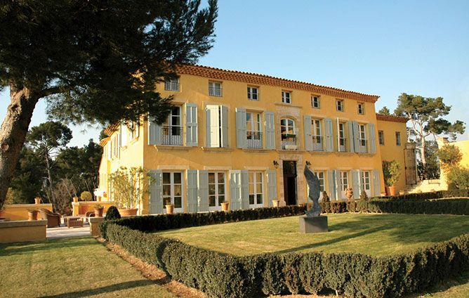 Aix-En-Provence, France    7 bedrooms  6.5 baths  9,680 sq. ft.  $13.5 million    Read more: http://www.architecturaldigest.com/homes/homes/2011/09/estates-for-sale#ixzz1VgtmXbvZ